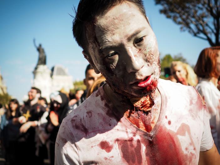 zombie walk paris date halloween 2019