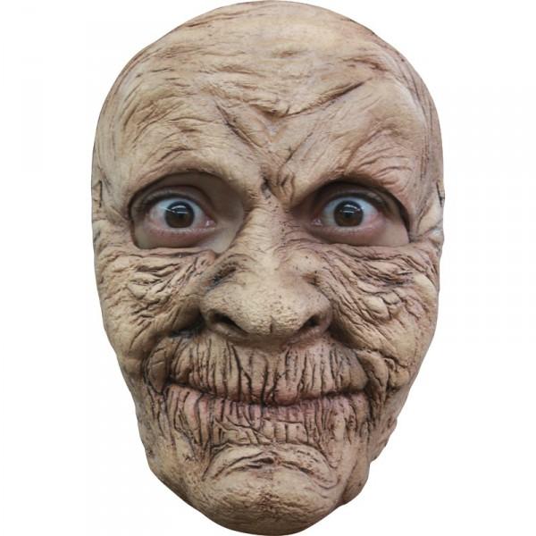 masque grand mere terrifiante tenue chic détail choc