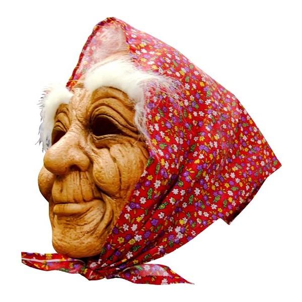 masque de vieille avec foulard tenue chic détail choc