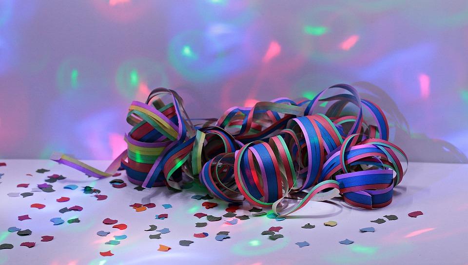 rubans fête thème soirée déguisée drole